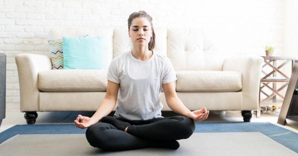 Darte unos minutos al día para reflexionar o meditar