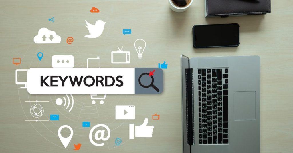 Optimizar las Palabras Clave en Títulos y Etiquetas